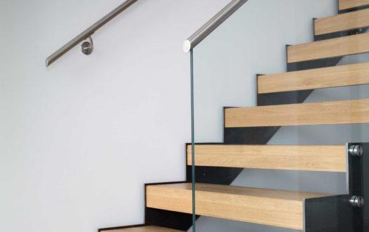 Hva slags trapper har dere levert?