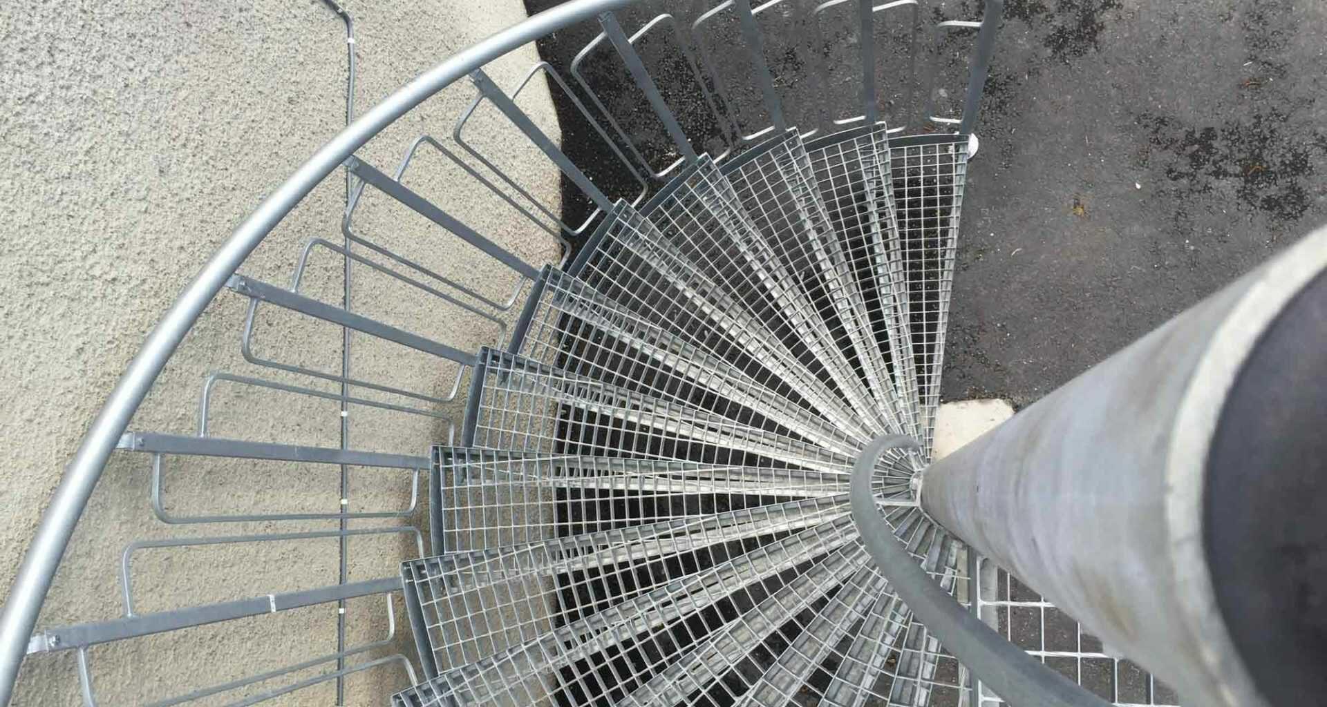 Spiraltrapp utetrapp i stål fra Nytrapp