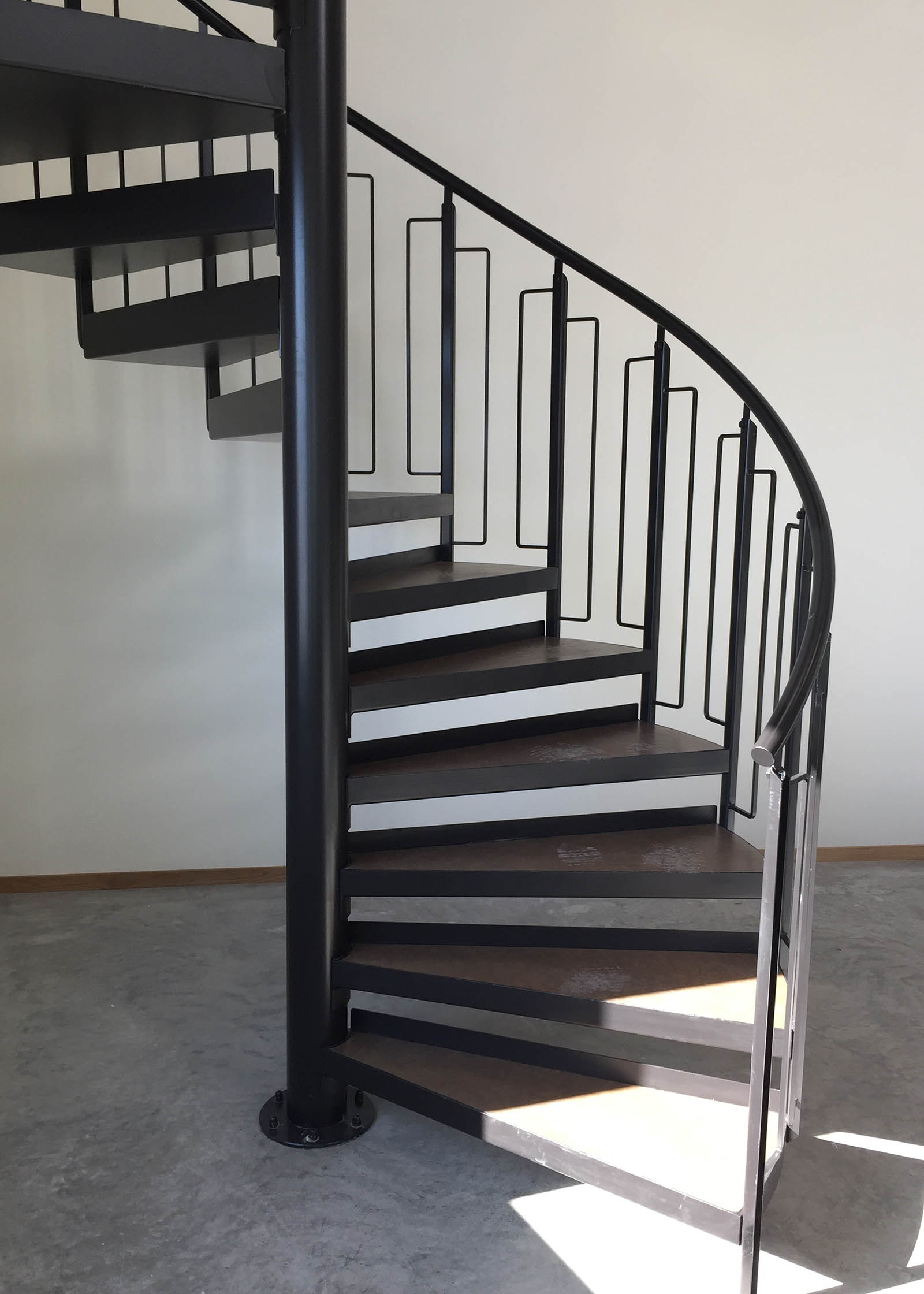 Indistriell spiraltrapp i stål